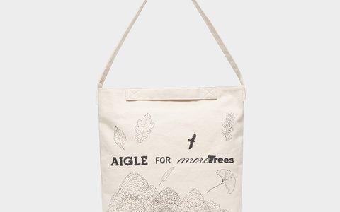 AIGLE(エーグル)チャリティ グラフィック キャンバストート