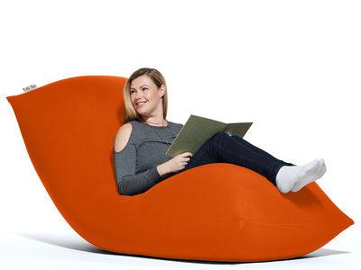 ソファはもちろん椅子やベッドにも『Yogibo Max(ヨギボーマックス)』